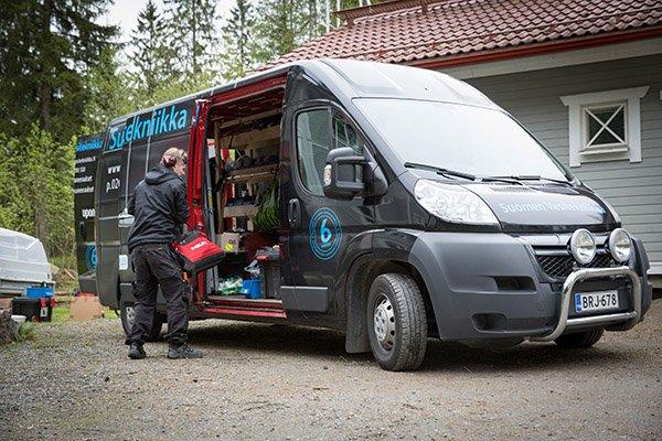 Suomen Vesitekniikka, Pakettiauto